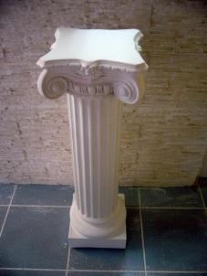 colonne ionnique staff cannelée pilier platre socle sculpture deco